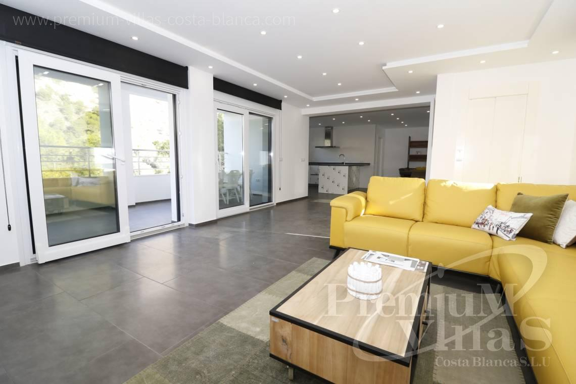 - C2252 - Moderne Villa neben dem Don Cayo Golf Club in Altea 7