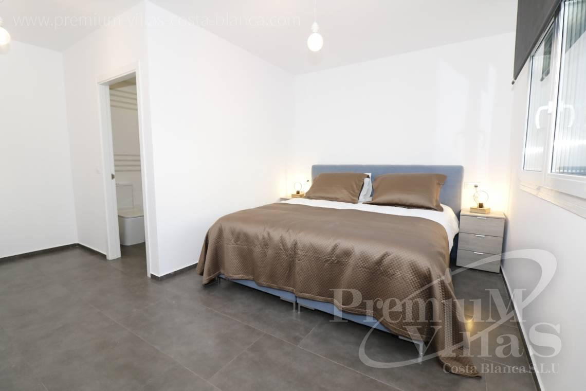 - C2252 - Moderne Villa neben dem Don Cayo Golf Club in Altea 9