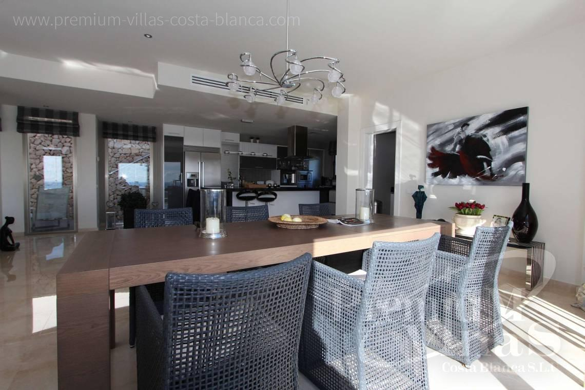 - C2057 - Moderne Luxusvilla in Altea la Vella 12