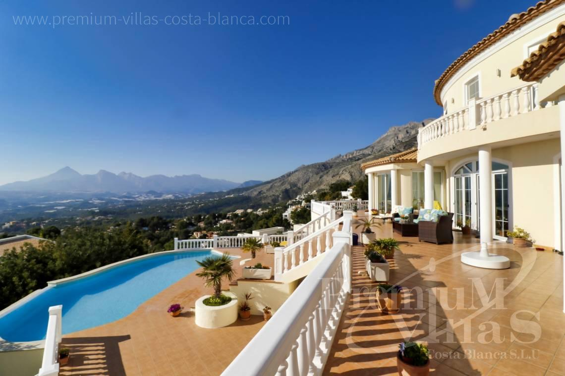 - C2251 - Luxusvilla an erstklassiger Lage in Altea 25