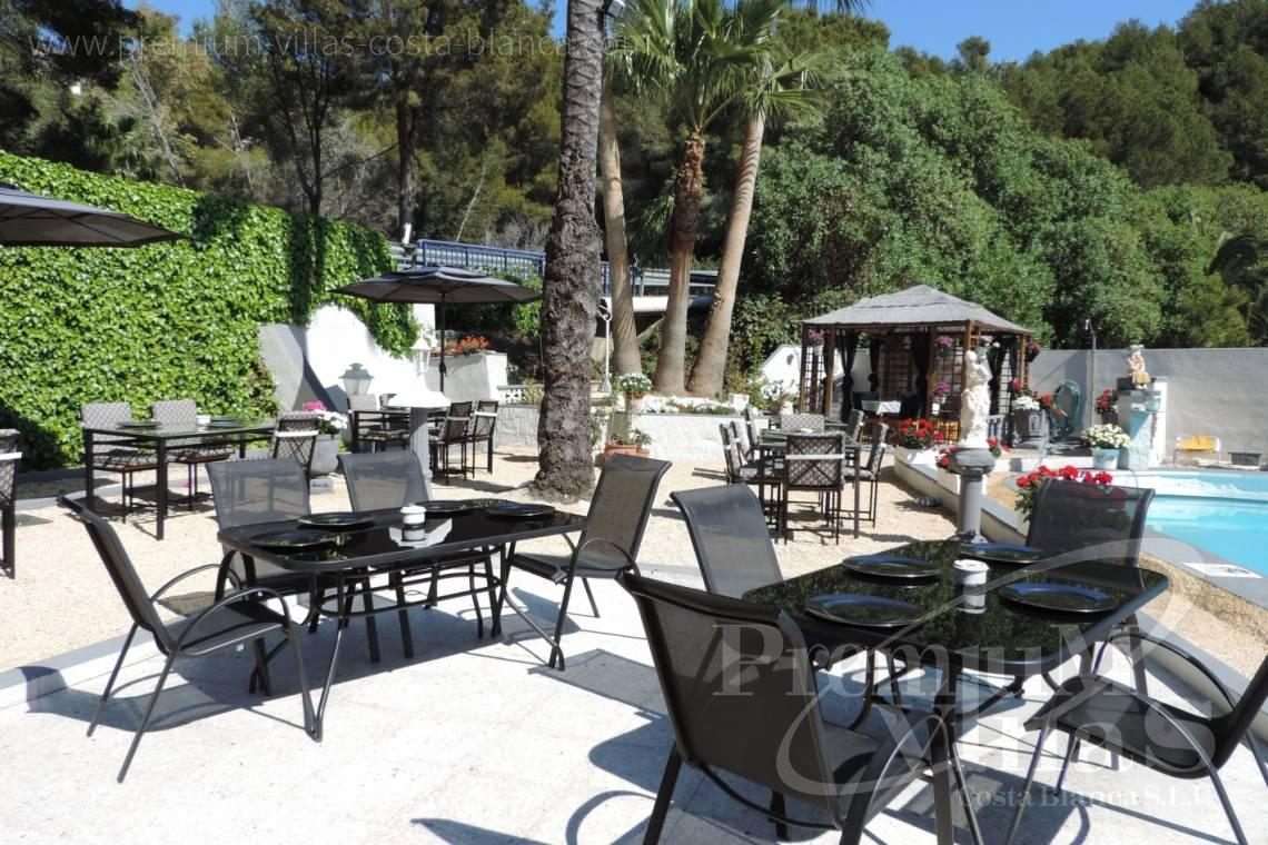 - C2083 - Gelegenheit! Funktionierendes Restaurant plus Einfamilienhaus in Altea! 12