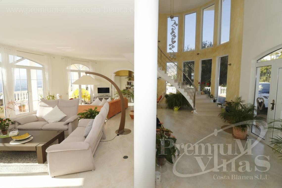 - C2251 - Luxusvilla an erstklassiger Lage in Altea 6
