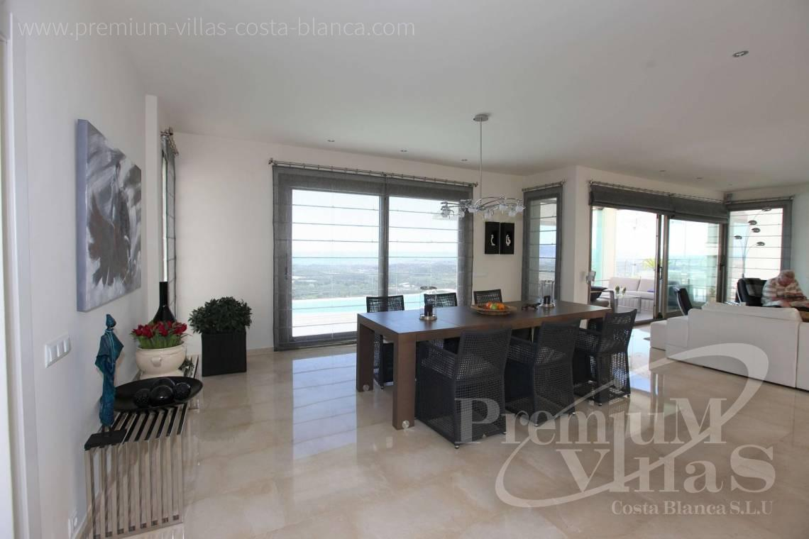- C2057 - Moderne Luxusvilla in Altea la Vella 13